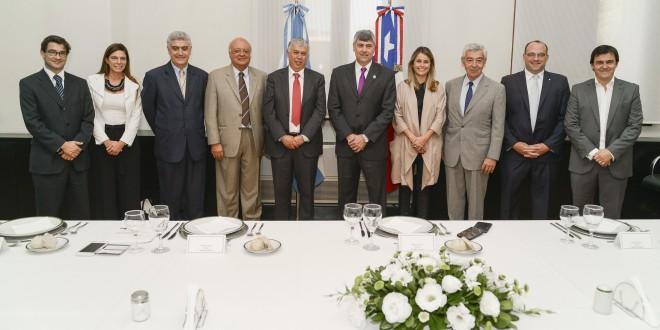 Argentina y Chile acordaron una agenda estratégica para afianzar la integración comercial regional