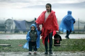 Con una Europa sellada y vallada, ya suman 44.000 los refugiados varados en Grecia