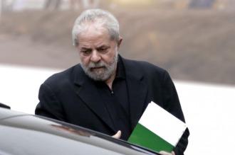 Denuncian a Lula por lavado de dinero y falsedad ideológica