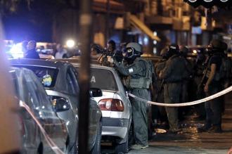 Detienen a un hombre-bomba que amenazaba detonarse cerca de un colegio en París