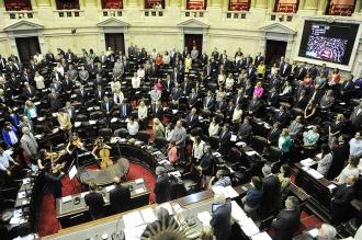 El peronismo en Diputados se fragmenta en 16 bancadas y monobloques