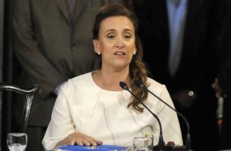 Michetti estimó que serán 1600 las bajas de contratos en la Cámara de Senadores