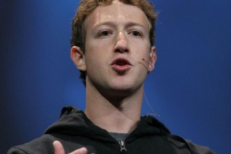 Polémica con Zuckerberg en Beijing por correr sin barbijo pese a la contaminación