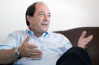 Sanz prepara su retorno al escenario político y busca renovar la UCR