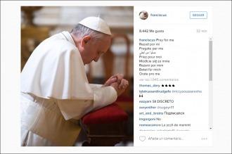Una foto rezando en soledad, la primera imagen del papa Francisco en Instagram