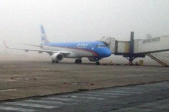 Aeroparque comienza a normalizar sus operaciones tras haber cerrado por niebla