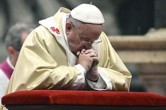 El Papa pidió a los fieles que recen por él antes de viajar a Lesbos por los migrantes