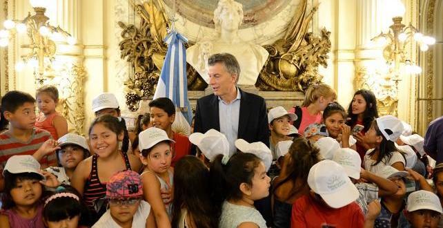 Macri presentará un paquete de medidas sociales