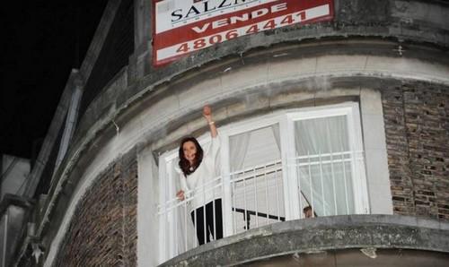 Se vende el departamento de arriba de Cristina enterate cuánto cuesta