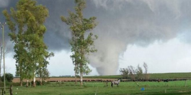 Uruguay : Un tornado en dejó dos muertos, varios heridos y casas derribadas