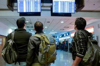 Aeroparque: problema con el sistema de radioayuda causa demoras y cancelaciones