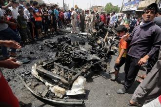 Al menos 50 muertos y 77 heridos por un atentado con coche bomba en Bagdad