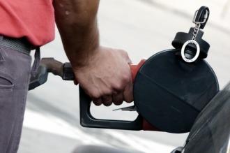 Aranguren descartó un nuevo aumento en el precio de los combustibles
