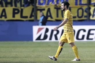 Osvaldo, otra vez con polémica y futuro incierto