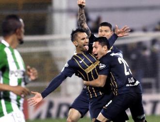 Central le ganó a Atlético Nacional y sueña con estar entre los mejores cuatro