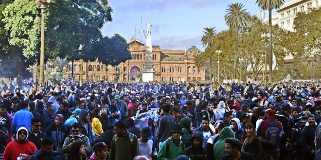 Miles de personas participan de la Marcha Mundial de la Marihuana