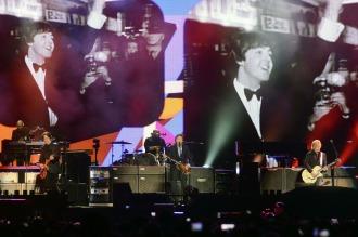 Paul McCartney le puso calor y rock a su primera noche en el Único de La Plata