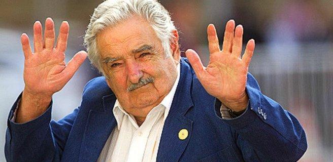 """Pepe Mujica : """"Maduro está loco como una cabra"""""""