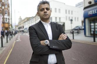 Sadiq Khan asumió el cargo de alcalde de Londres