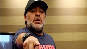 "Maradona: ""Veo a la Argentina de rodillas, me duele"""