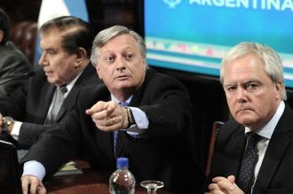 """Aranguren sostuvo que la Argentina """"depende en un 13% de energía importada"""""""