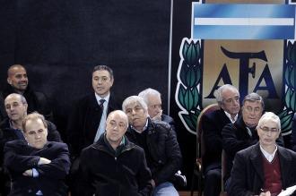 Compás de espera: la asamblea por la Superliga pasó a cuarto intermedio