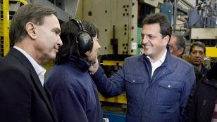 Massa y Pichetto, se muestran juntos en fábrica autopartista