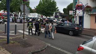 Francia: un rehén degollado y dos secuestradores abatidos