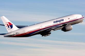 El piloto del MH370 simuló una ruta similar a la de la desaparición