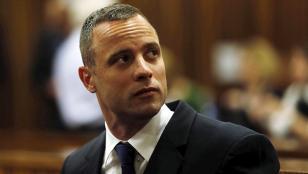 Pistorius: condena de 6 años de cárcel por matar a su novia