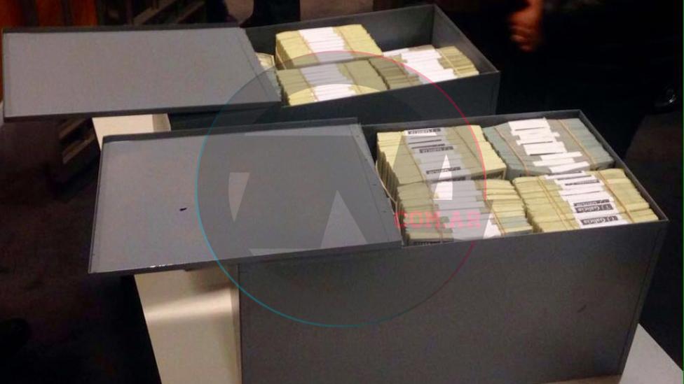 Encontraron más de 4 millones de dólares en las cajas de seguridad de Florencia Kirchner