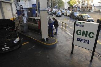 El sector privado debate si el precio del GNC debe equipararse al del gasoil