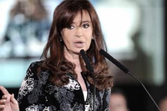 Cristina denunciará a Stolbizer y negó operaciones extrañas de dinero