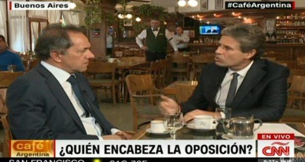 Scioli enojadísimo por una entrevista con el periodista Carlos Montero de la CNN