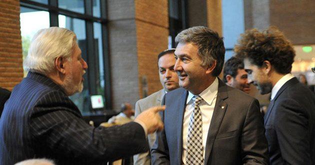 Pol Ambrosio suspende a 450 empleados y paraliza sus plantas dos meses