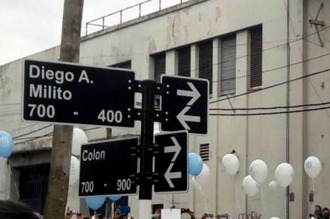 Se robaron el cartel de la calle que lleva el nombre de Diego Milito en Avellaneda