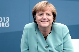 Ángela Merkel apuesta por los refugiados, pese al costo político