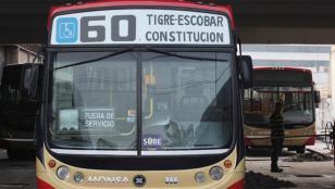 Continua el paro de la Línea 60 de colectivos