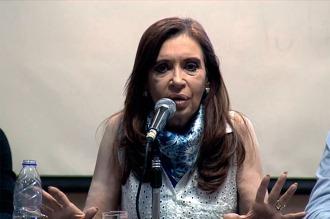Cristina Kirchner pidió ser sobreseída en la causa por la venta de dólar futuro