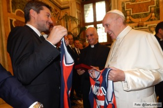 El plantel de San Lorenzo visitó al papa Francisco en la previa al amistoso con Roma