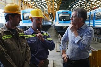 Macri presentó en Lavallol el plan de obras para la Red Metropolitana de Trenes