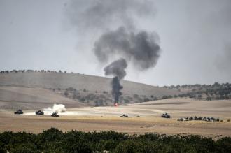 Turquía envió más tanques en su ofensiva contra el EI y los kurdos en Siria
