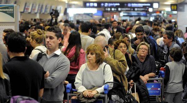 ¿Qué hacer si cancelan tus vuelos por un paro de pilotos?
