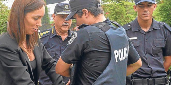 """La Justicia ordenó detener a 6 comisarios de la Policía Bonaerense por """"recaudación ilegal"""""""