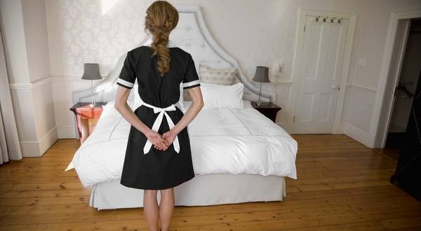 Llamó a la habitación a su empleada doméstica para pagarle y terminó violandola