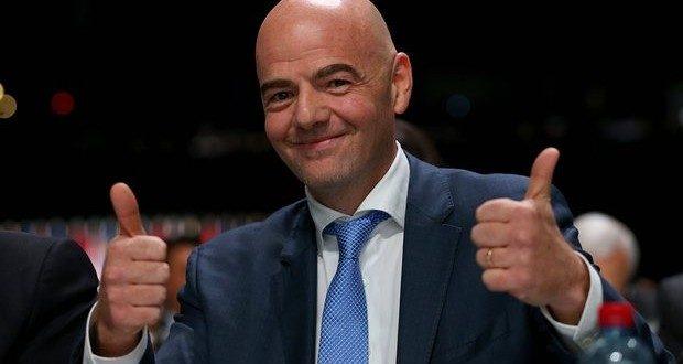 ¿Cuánto cobra el presidente de la FIFA?