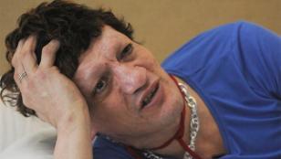 Pity Álvarez fue denunciado por dos mujeres, quienes aseguraron haber sido golpeadas y privadas de su libertad