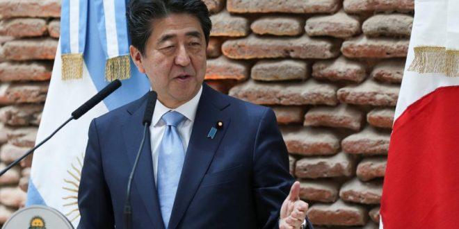 """El primer ministro de Japón, de visita en Argentina, instruyó a su país a """"prepararse para la tragedia"""" por el tsunami"""