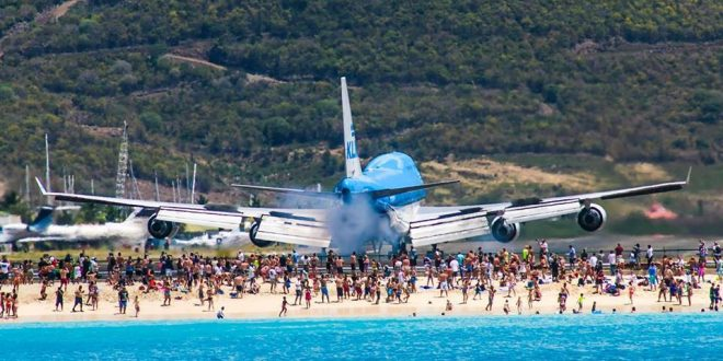 Video: Mira lo que pasa cuando despega esta Jumbo de KLM en las playas de St. Maarten