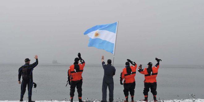 El ARA Puerto Argentino llegó a la Antártida